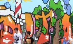 una parte del murales dipinto dagli studenti di Mirano
